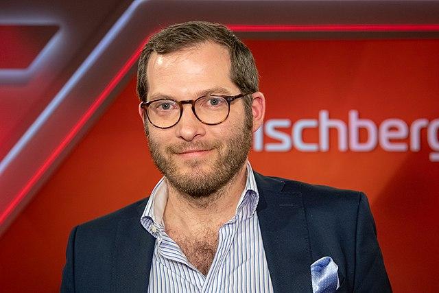 Bild-Chef Julian Reichelt kehrt an seinen Arbeitsplatz zurück