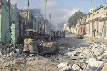 Mindestes 25 Tote bei islamistischem Anschlag in Mogadischu