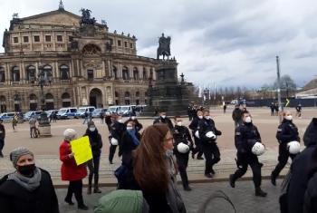 Polizeisprecher-zu-QuerdenkenDemo-in-Dresden-Es-gab-keine-Gewalt