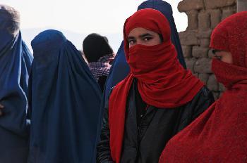 Afghanistans-Regierung-nimmt-Singverbot-fr-Mdchen-zurck
