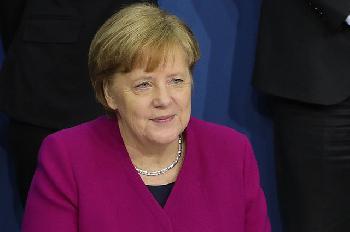 Kein-Reiseverbot--Merkels-Angriff-auf-die-Freiheit-gescheitert