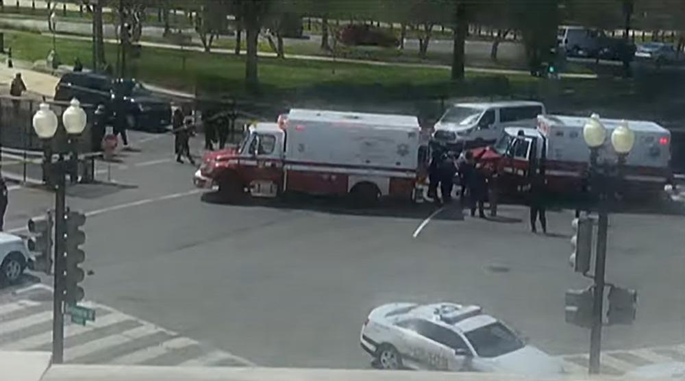 US-Kapitol abgeriegelt - Auto rammt Poliztisten