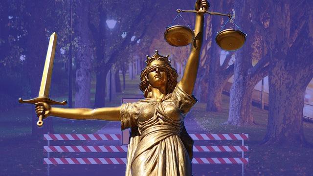 Gericht gibt Eilanträgen zu Ausgangsbeschränkungen statt