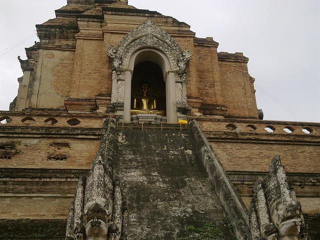 Von einer 1700 Jahre alten Buddha-Statue zu einem 75 Jahre alten Buddhisten: ein kurzer Bericht über islamische Aggression