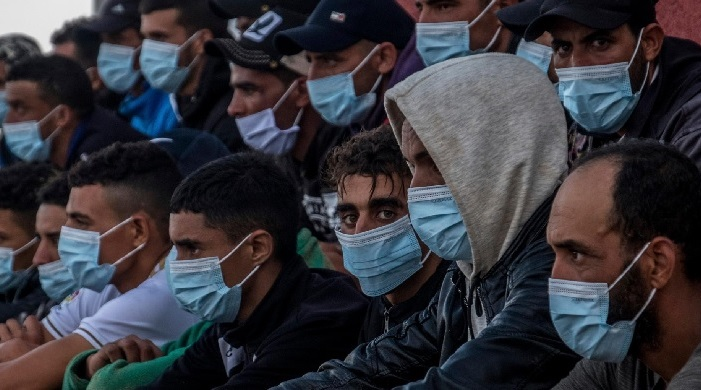 """Kanaren: Viele der """"minderjährigen Flüchtlinge"""" sind Bartträger"""