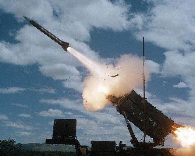 IDF startet Vergeltungsschläge, nachdem 36 Gaza-Raketen in Nachtsalven auf Israel abgefeuert wurden