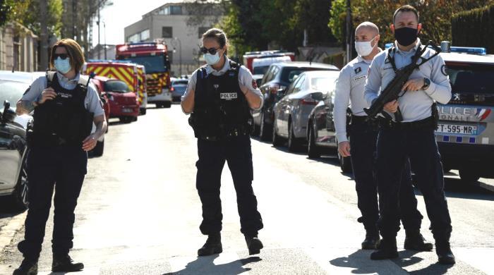 """Frankreich: Frankreich: """"Anti""""-rassistischer Krieg gegen die Polizei"""