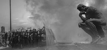 Massenauflauf-in-Brssel-endet-mit-Gewalt