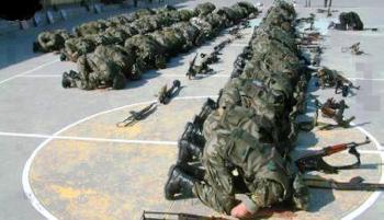 Warum muslimische Soldaten ihre christlichen Kameraden töten