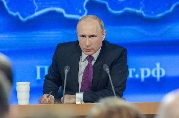 Putin-unterzeichnet-Gesetzt-das-ihm-erlaubt-bis-2036-an-der-Macht-zu-bleiben