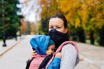Protest-von-Eltern-Medizinern-und-Psychologen-gegen-CoronaPolitik