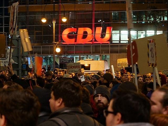 Aderlaß der Berliner DU hält weiter an