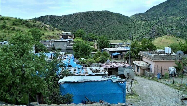 Bombardierung durch Türkei: Dorf im Nordirak muss evakuiert werden