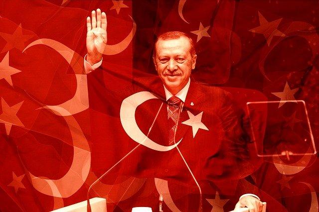 """Der türkische Erdogan bezeichnet Israel als """"grausamen Terroristen"""" im Ausbruch der Gewalt in Jerusalem"""