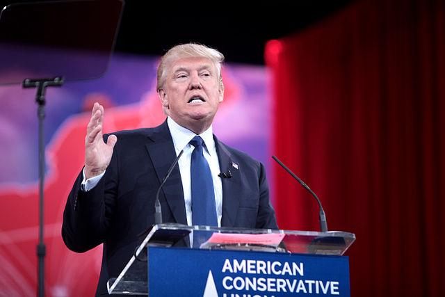 Trump beschuldigt Biden für