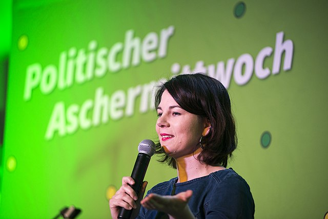 Grüne wollen mit Linke und Linksextremistin koalieren