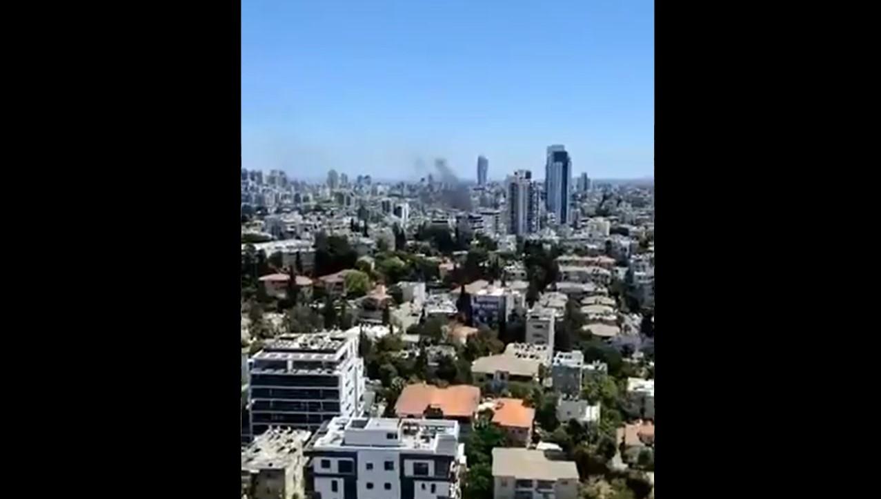 Palästinensische Islamisten starten das dritte Raketenfeuer in Richtung Tel Aviv, Zentralisrael