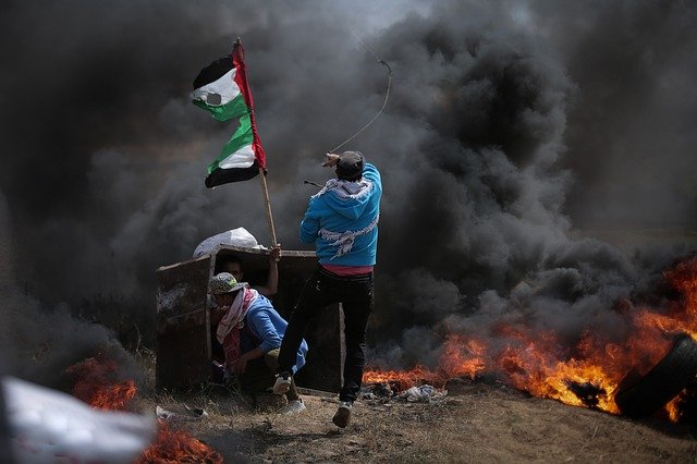 Antisemiten nutzen die Gewalt im Gazastreifen, um Juden anzugreifen