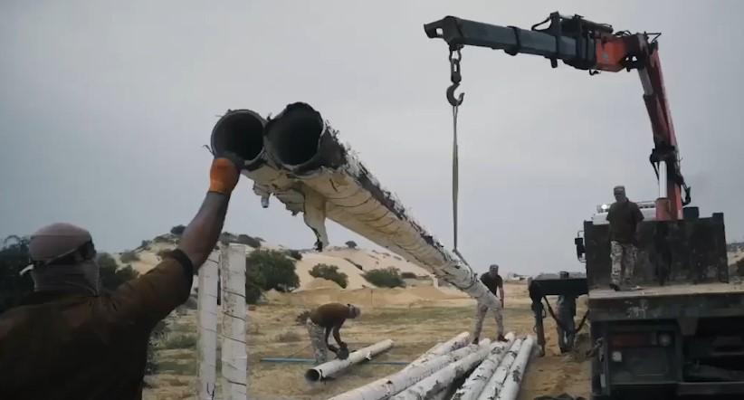 Das Hamas-Video zeigt, wie sie Wasserleitungen ausgraben, um Raketen herzustellen