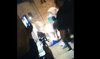 Jerusalem-Nach-den-RamadanFreitagsgebeten-kam-es-zu-scheren-Ausschreitungen-Video