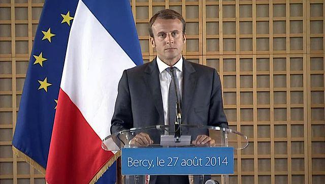 Frankreich: Präsident Macron bekommt Ohrfeige [Video]