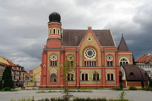 Jahrzehnte nach ihrer Zerstörung im Holocaust wird die ungarische Synagoge wiedereröffnet