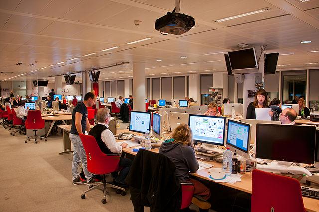 Europas größter digitaler Verlag fordert antiisraelische Mitarbeiter auf, einen neuen Job zu finden