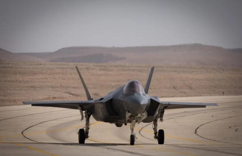 """Israelische Beamte warnen """"wir habben keine andere Wahl"""", als Angriffspläne nach dem Sieg von Raisi vorzubereiten"""