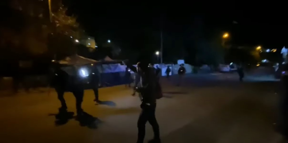 Araber randalieren im Stadtteil Shimon Hatzadik in Jerusalem [Video]