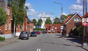 NaziHasssymbole-auf-Wahlschilder-in-franzsischem-Dorf-gesprht