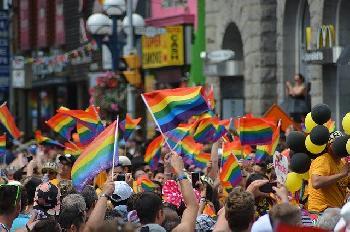 Istanbul-PrideParade-endet-in-Gewalt