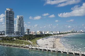 Zahl-der-Toten-beim-Einsturz-eines-Gebudes-in-Miami-steigt-auf-12-da-149-weiterhin-vermisst-werden