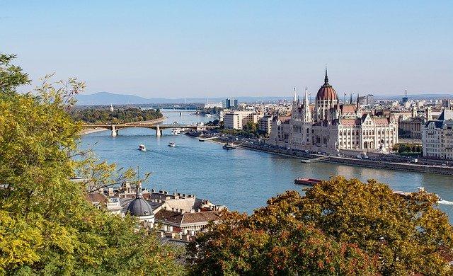 Die ungarische Republik hat ein Gesetz zum Thema LGBTQ (Gender) beschlossen.