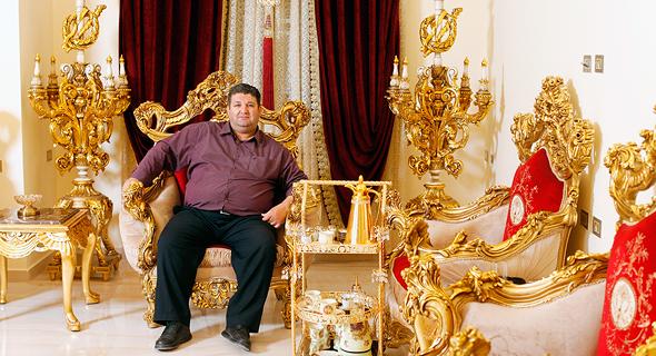 Beduinen-Millionär wegen Bereitstellung von Informationen an den Iran angeklagt