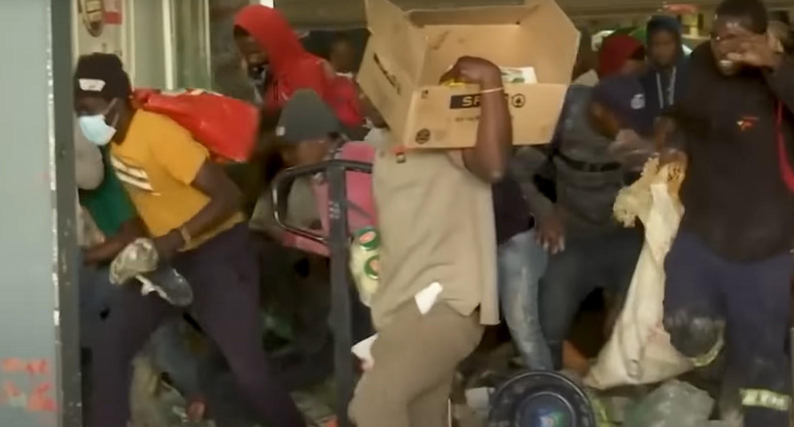 45 Tote bei Unruhen in Südafrika [Video]