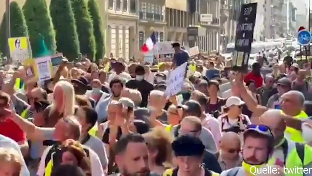 Massenproteste gegen Macrons Impfpflicht [Video]