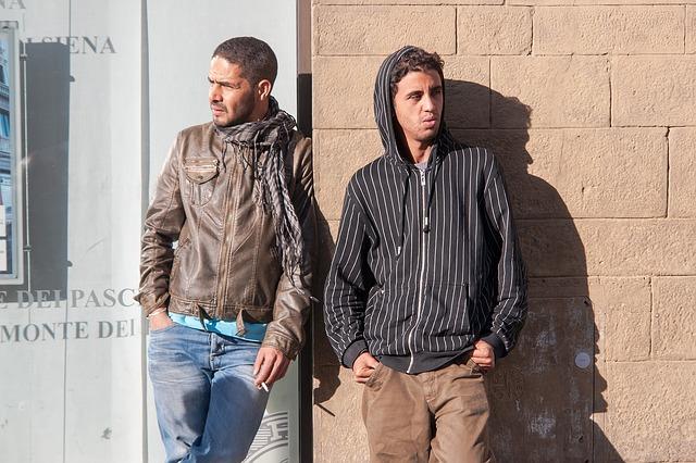 Migranten überwinden Grenzzaun in Melilla