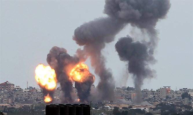IDF greift Ziele in Gaza an, nachdem Brandballons von der Enklave abgeschossen wurden