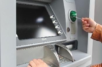 Palästinensische Autonomiebehörde: Terrorrenten aus dem Geldautomaten
