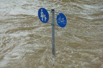 berschwemmungen-in-Deutschland-viel-tote-verletzte-und-vermisste