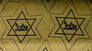 Die-mit-gelben-Sternen-markierte-Karte-der-sterreichischen-Aktivistengruppe-jdischer-Sttten-lst-Emprung-aus
