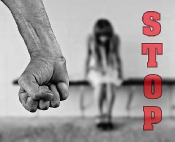 Migranten-vergewaltigen-Junge-Frau-und-sind-wieder-auf-freiem-Fuss