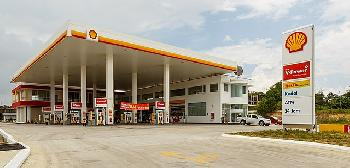 Tankstelle-in-Florida-verkauft-Hakenkreuz-NaziAdlerGesichtsmasken