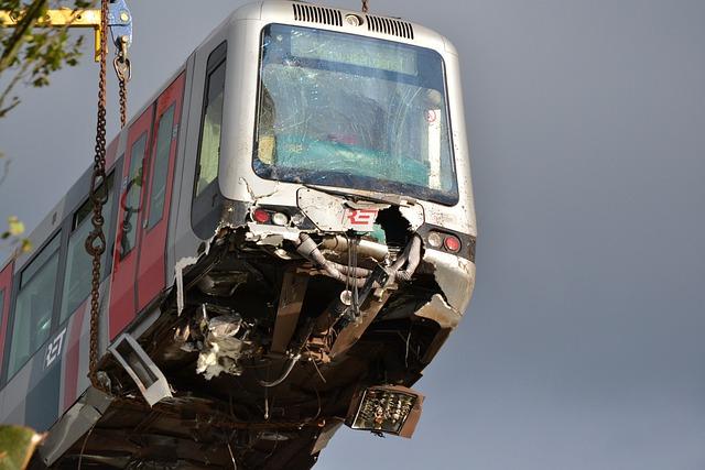Zugunglück in Tschechien 2 Tote viele Verletzte