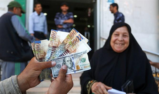 Palästinensische Banken stoppen Überweisung von Hilfsgeldern aus Katar