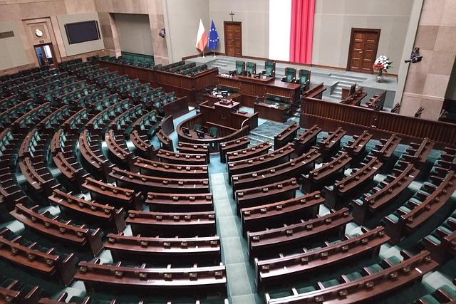 Polens Parlament billigt Gesetz, das Holocaust-Opfern von einer möglichen Wiedergutmachung ausschließt