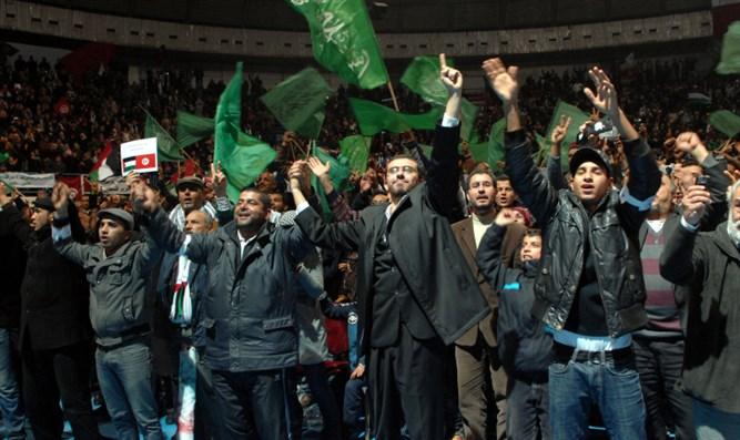 Arabischer Frühling 2: Demokratische-Politiker beeilen sich, Islamisten in Tunesien zu retten