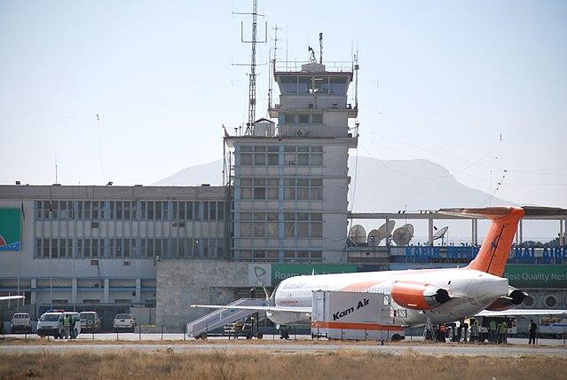 7 bei Massenansturm am Flughafen von Kabul zu Tode gequetscht