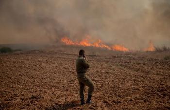 GazaTerroristen-feuern-in-Solidaritt-mit-der-Hisbollah-Brandstze-ab-und-lsen-4-Brnde-im-Sden-Israels-aus