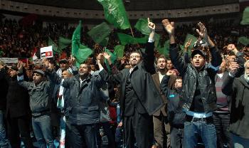 Arabischer-Frhling-2-DemokratischePolitiker-beeilen-sich-Islamisten-in-Tunesien-zu-retten